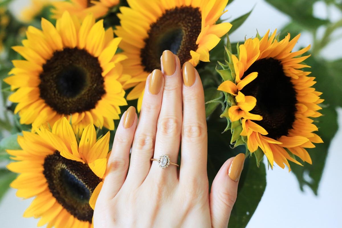 HM Beauty lakier Golden Turmeric