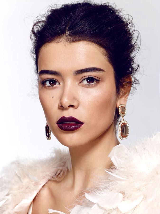 Makijaż Na Sylwestra I Karnawał 2015 Mocne Fioletowe Usta