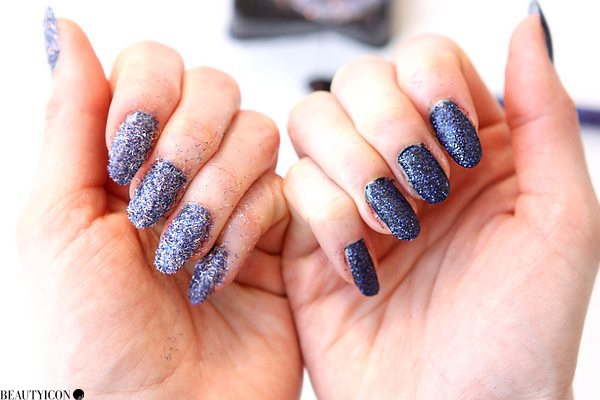 bling-it-on-midnight-nails-17