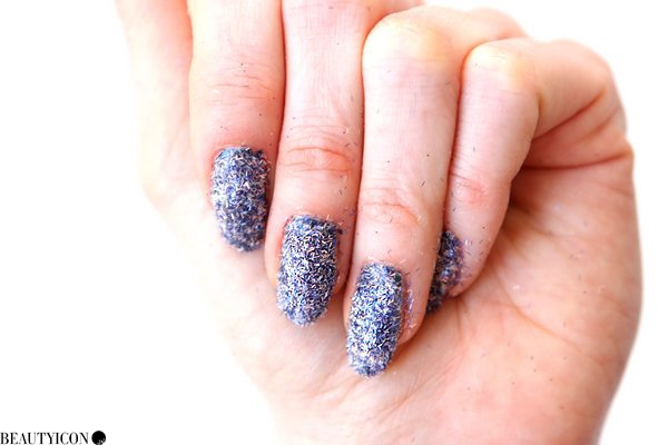bling-it-on-midnight-nails-pots11
