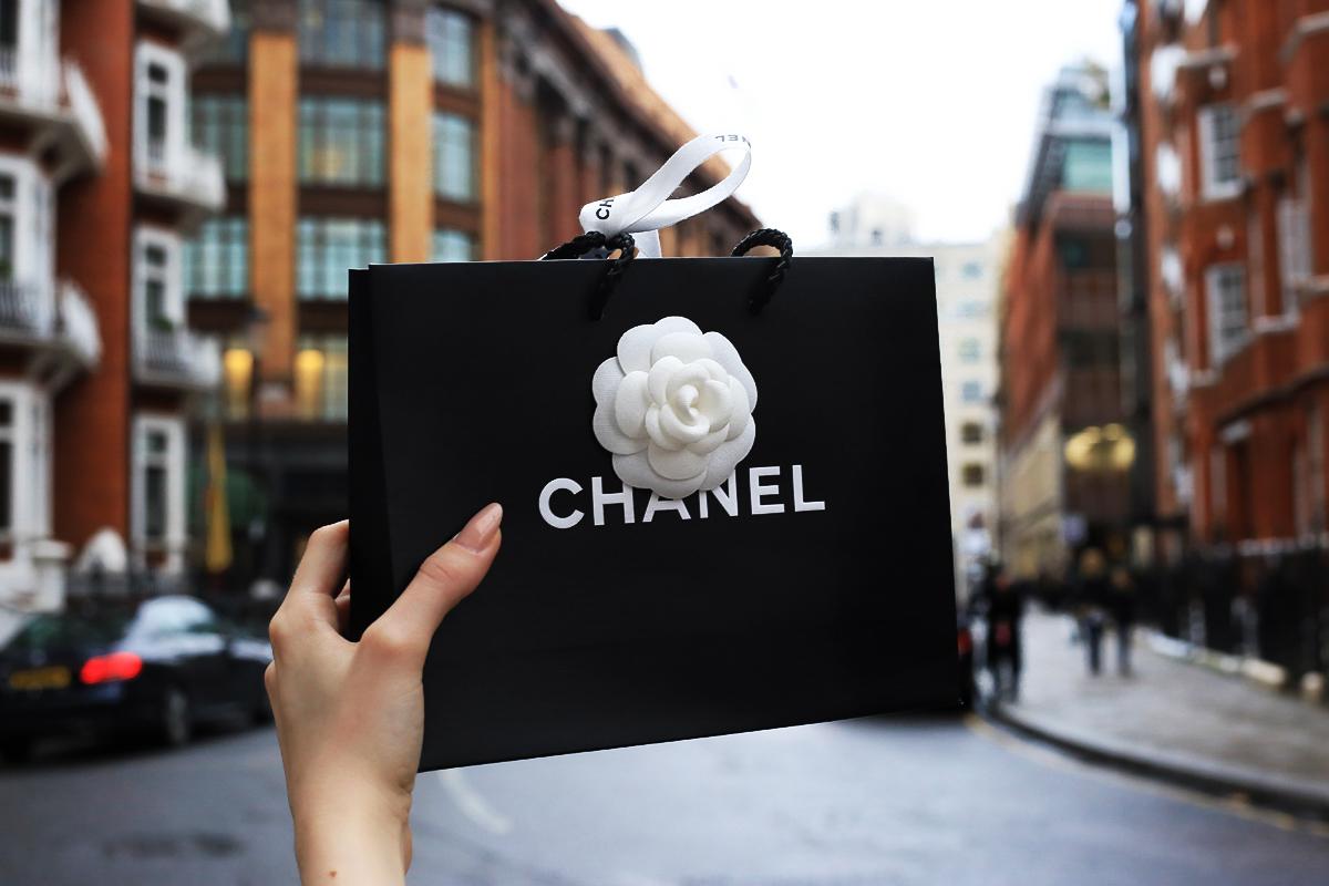 Zakupy Chanel, butik Chanel Sloane Street
