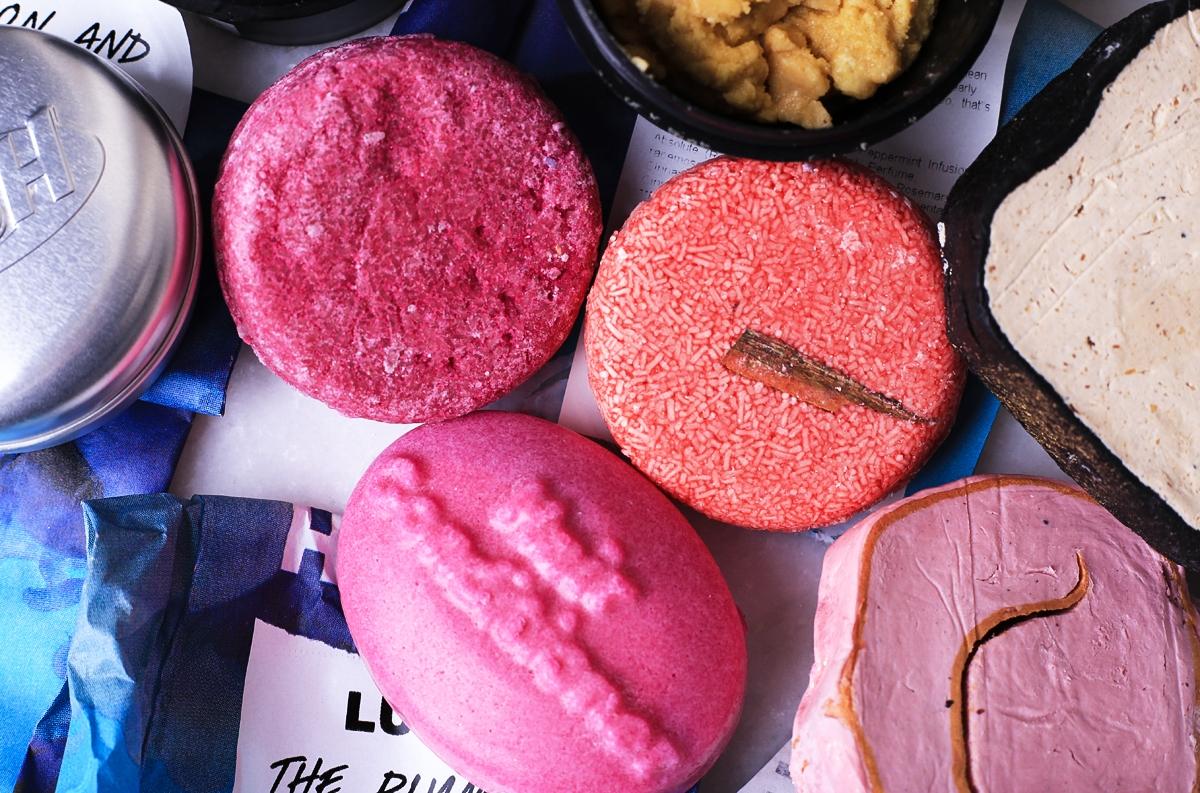 Sklep Lush w Londynie, kosmetyki Lush, szampon Lush