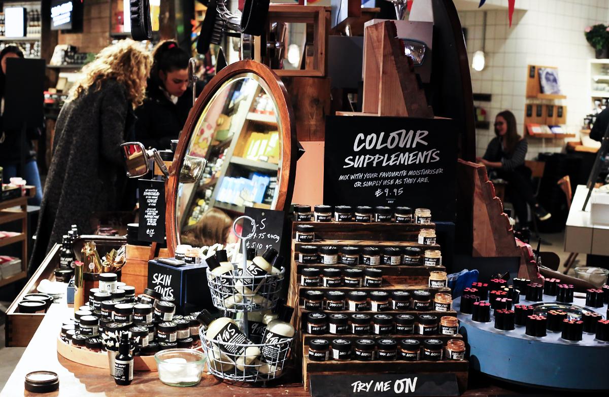 Lush Cosmetics London, Lush Londyn, zakupy Londyn, Lush Oxford Street