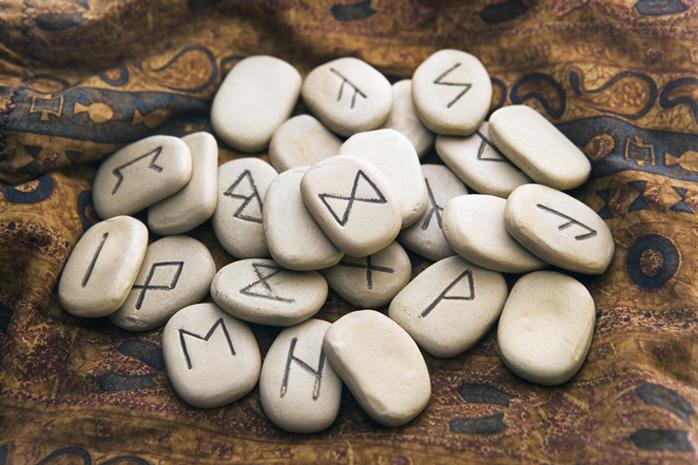 Numerologia Runy wróżka